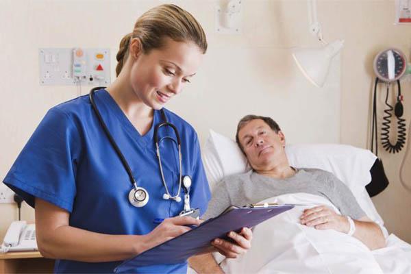 Dịch vụ chăm sóc bệnh nhân theo giờ