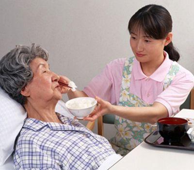 Chăm sóc bệnh nhân theo giờ